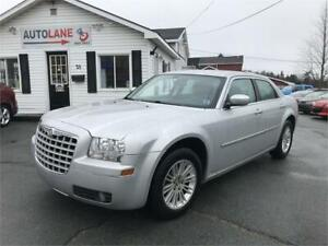 2009 Chrysler 300 Touring All Leather LOTS of options!