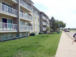 Sunronita House Apartments - 3 Bedroom Apartment for Rent Leduc