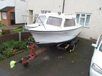18ft Sea Fishing Boat and trailor with 20hp Evinrude Engine with extras