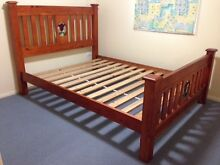 Solid pine queen slat bed with lead light panels Inverell Inverell Area Preview