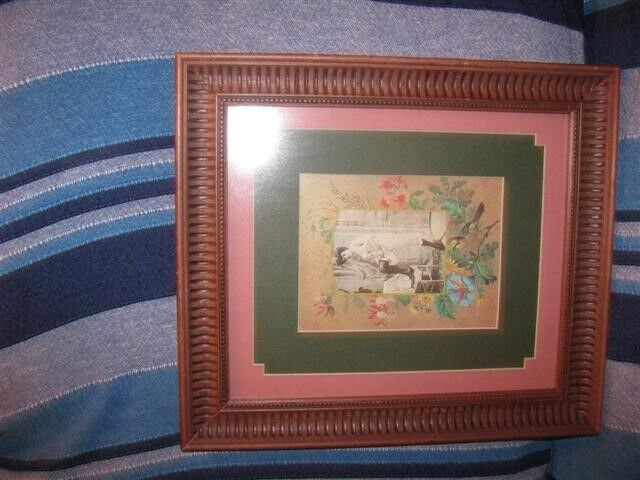 Wooden picture/certificate frames
