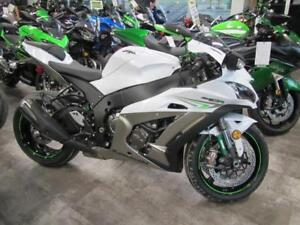 Save $4000 on this ZX 10R, buy know and we will store it free!