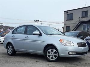HYUNDAI ACCENT GL 2011/AUTO/AC/TOIT/GROUP ELECT/AUX/CRUISE/CLEAN