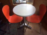 Attractive Kitchen Breakfast Table & Chairs