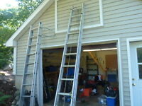 Light duty 18 foot extension ladder