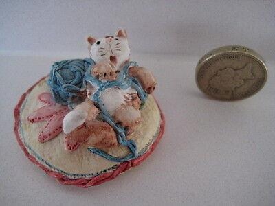 RARE ORIGINAL COLOUR BOX CAT PETER FAGAN HOME SWEET HOME HS526 COMFY CAT