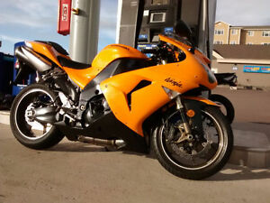 Kawasaki Ninja ZX10R for a quick sale! (Price reduction)