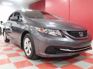 2014 Honda Civic Berline LX**17 000 km**AUTO**AIR**