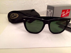 Ray Ban Wayfarer RB2140 unisexe (Brand New/Authentic)
