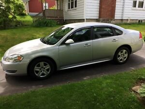 2009 Chevrolet Impala - One Owner - Low Mileage