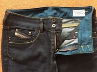 Diesel Ronhar mens Jeans Brand NEW 'Made in Italy' size: W31- L30