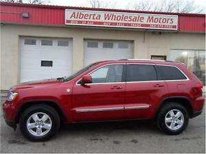 2011 JEEP GRAND Grand CHEROKEE LAREDO 4X4 WE FINANCE ALL Edmonton Edmonton Area image 3