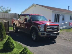 2014 Ford F-250 King Ranch Pickup Truck