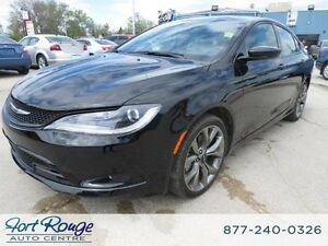 2015 Chrysler 200 S AWD - SUNROOF/NAV/LTHR