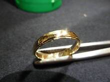 18ct GOLD RING WITH DOMED MIDDLE AND BEVELLED FACETTING ON EDGES Sumner Brisbane South West Preview