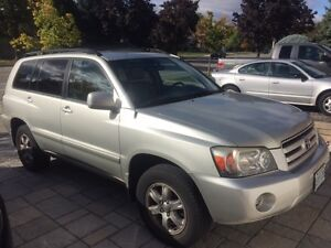 2004 Toyota Highlander 7 seater, leather SUV