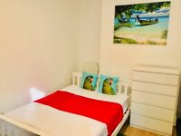*** Double room , refurbished house with IKEA furniture, few mintues from the sea ***