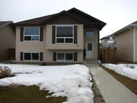 Lacombe house for rent July 1st