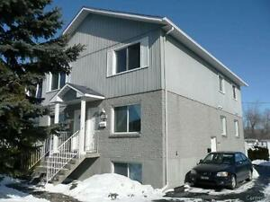 3 1/2 À LOUER (Ouest de L'ile) - 3 1/2 FOR RENT (West-Island)