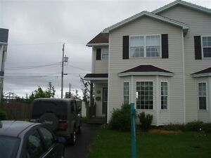 4 bedroom house in Mount Pearl available from April 1st
