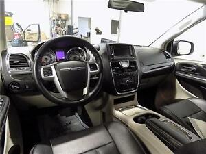 2014 Chrysler Town & Country Touring Sarnia Sarnia Area image 4
