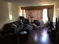 2 ROOMS AVAILABLE DOWNTOWN