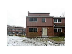 Rooms NOW available 2minutes to UW & Laurier Kitchener / Waterloo Kitchener Area image 1