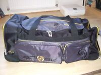 Holdall, Large, 120 ltrs, Animal Worldwide Freeride, Wheels, Good condition, all zips ok, few scuffs