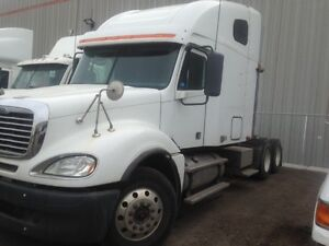 Call Syed 2009 Freightliner Columbia 72'Sleeper