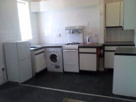 10mns C.C.Oundle Rd.LANDLORD- 1 Bedroom Flat with Open-Plan Lounge/Kitchen En-Suite Shower + Parking