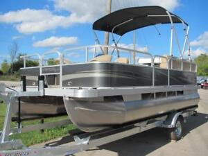 2019 MONTEGO BAY 18 FISH AND CRUISE-LIVEWELL-VINYL FLOOR-TRADES!