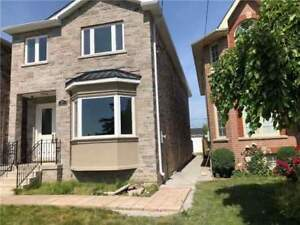 4 Bedroom, 4 Washroom, Detached House @ Huntington Ave
