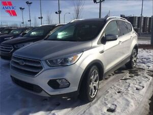 2017 Ford Escape Titanium AWD Leather, Nav only 19,900KM!