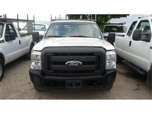 2011 Ford F350 XL, POWER LIFT GATE! 8 Foot Long box, Tow package