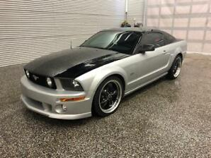 2005 Ford Mustang GT V-8