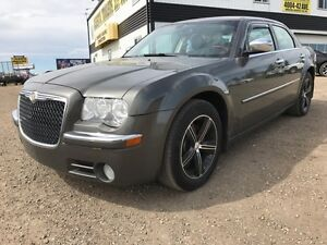 2009 Chrysler 300 Limited Leather,roof,Nav. SALE ONLY $6000!!!