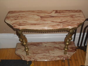 BEAUTIFUL MARBLE TABLE