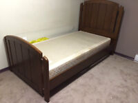 Single bed/side drawers and study desk for sale