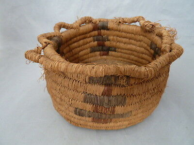 Native American Weave Basket Bowl. Nice Design. Approx 4