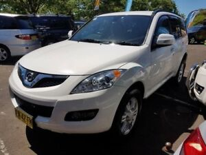 2012 Great Wall X200 CC6461KY MY11 (4x4) White 5 Speed Automatic Wagon Campbelltown Campbelltown Area Preview
