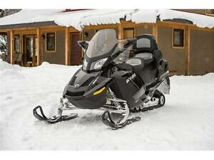 2015 SKI DOO GRAND TOURING LE 900 ACE