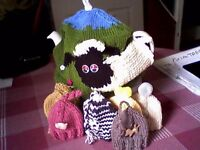 WOOLLY SHEEP/FARM ANIMALS TEA & EGG COSY SET - HAND KNITTED NEW