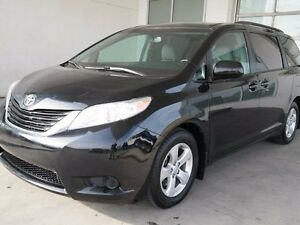 2016 Toyota Sienna LE, 8 SEATS, LEATHER, AC, CRUISE