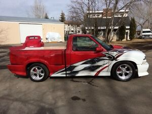Incredible Trucks to be Auctioned in Okotoks May 27-28th
