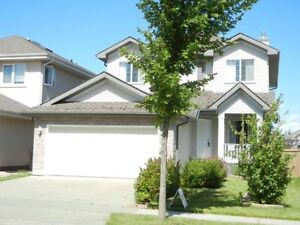 Spacious 3 Bedroom House in Hodgson. Riverbend.
