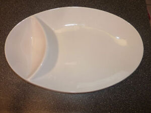 Various ceramic/glass serving dishes/platters $ Kitchener / Waterloo Kitchener Area image 4