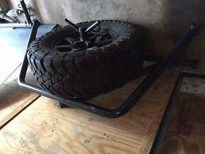pre runner style tire gate