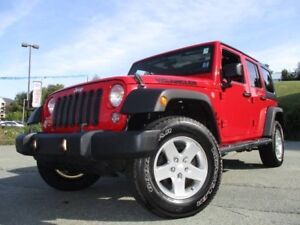 2014 JEEP WRANGLER Sport UNLIMITED (CLEAN CARPROOF! DUAL TOPS! A