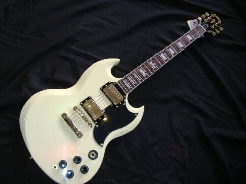 VINTAGE VS6VW ANTIQUE WHITE WITH GOLD HARDWARE SG STYLE GUITAR £259+FREE PNP