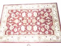 Safavieh Royalty ROY244B Red And Ivory Area Rug
